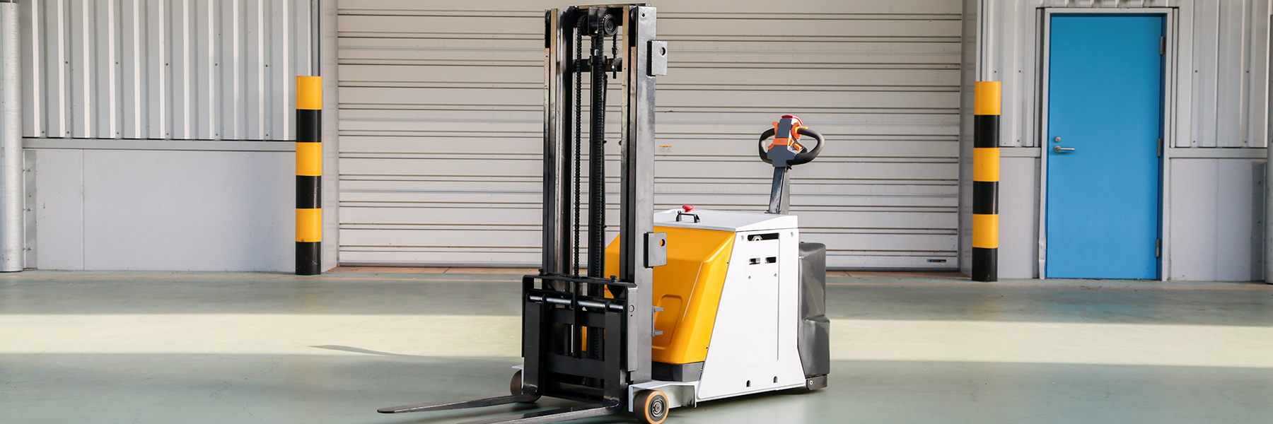 Walkie Counterbalanced Stackers